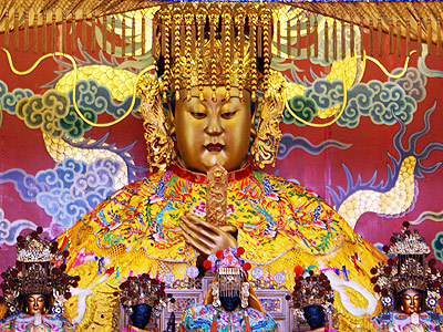 (Tourist Attraction) Grand Queen of Heaven Temple - Golden-faced Mazu Statue