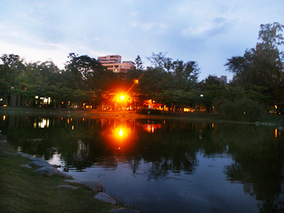 (Tourist Attraction) – Central Park in the Heart of Kaohsiung City