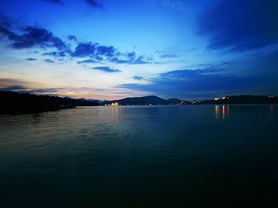 Unwind in the Serene, Relaxing Ambience at the Bank of Sun Moon Lake