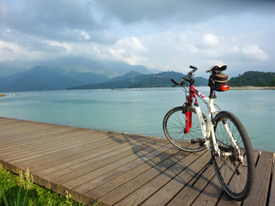 Cycling Routes that'll Take Your Breath away, Sun Moon Lake Is One of Them