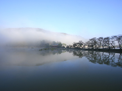 The Charm of Misty Liyutan Comparable to West Lake (Tourist Attraction)