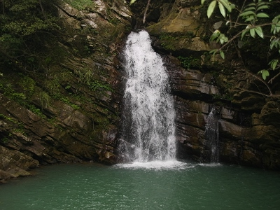 Tiehmu Waterfall in Siayun Village, Fusing (Tourist Attraction)