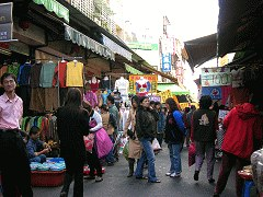 Let's Go On a Backpacking! – Enjoy a Wide Varity of Snacks in Taichung Traditional Markets!