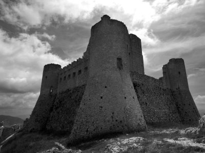 Black and White Photo Collections on Ancient Castles of the Middles Ages