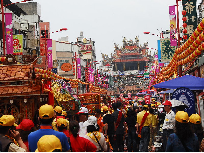 Mazu Craze in March of Lunar Calendar, Visit Mazu in Fungtian Temple