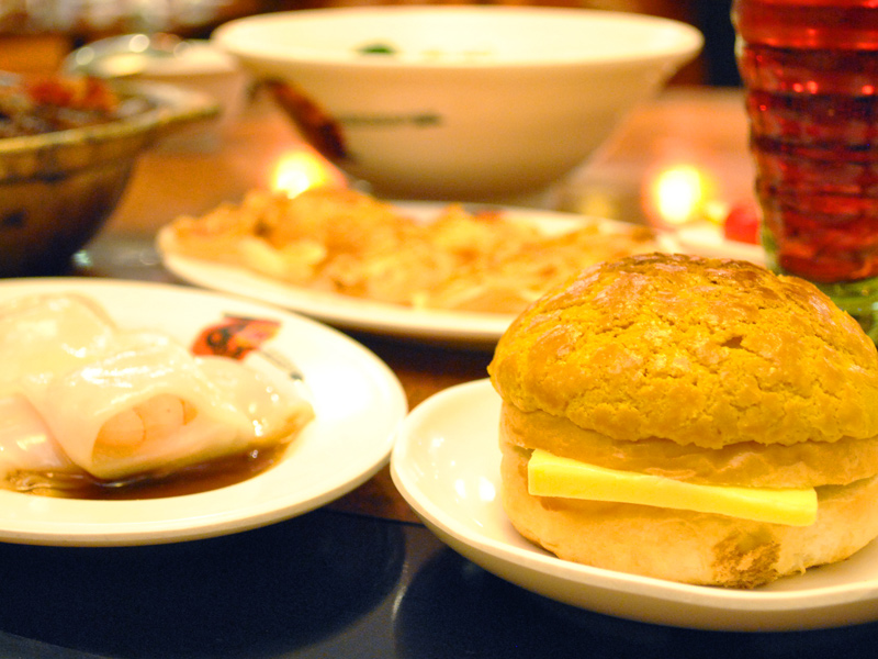 Authentic Dim Sum Presented in Taoyuan Tea Restaurant