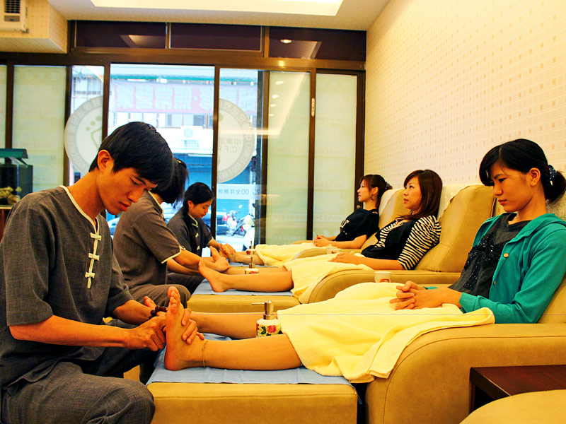 Foot and Body Massage in Hualien to Relieve Stress