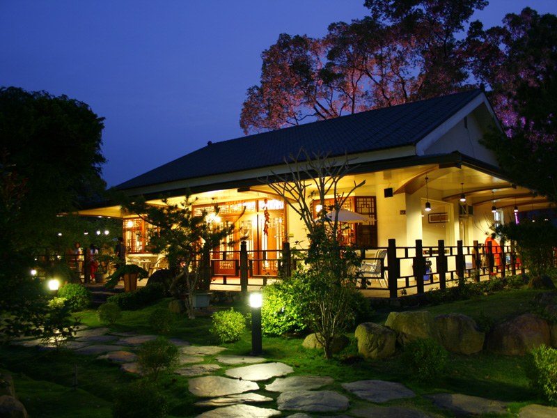 Get the Deal of Five Star Japanese Style Flying Villa at 2013 TITF